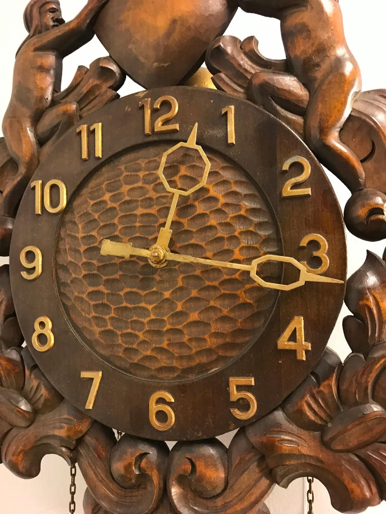 Danish Midcentury Made Classical Roman Wall Clock with Sculptures and Flowers For Sale