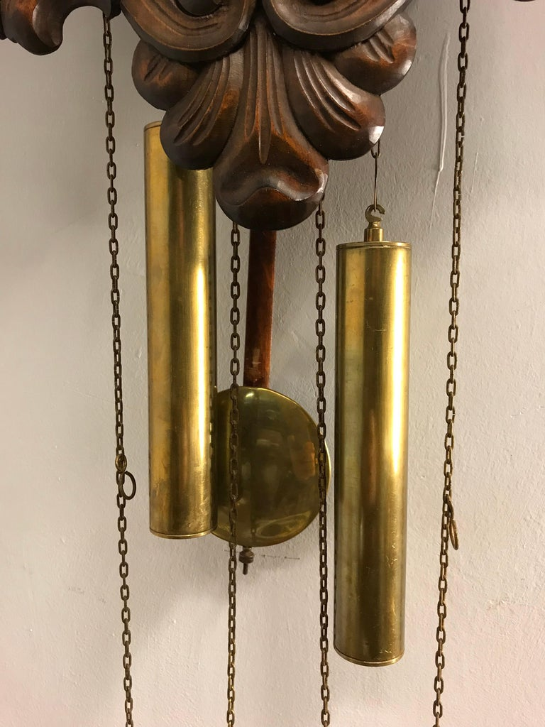 Midcentury Made Classical Roman Wall Clock with Sculptures and Flowers For Sale 2