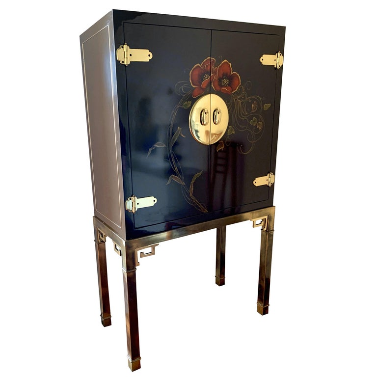 Midcentury Mod Signed Mastercraft Brass & Lacquered Mirrored Liquor Cabinet Bar For Sale