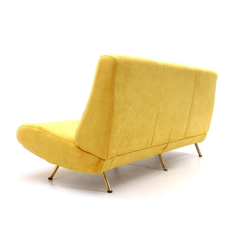 Mid-Century Modern 3-Seat Yellow Velvet Sofa by Marco Zanuso for Arflex, 1950s For Sale 1
