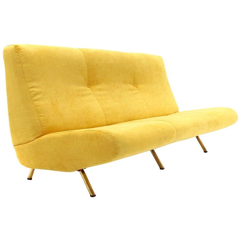 Mid-Century Modern 3-Seat Yellow Velvet Sofa by Marco Zanuso for Arflex, 1950s For Sale