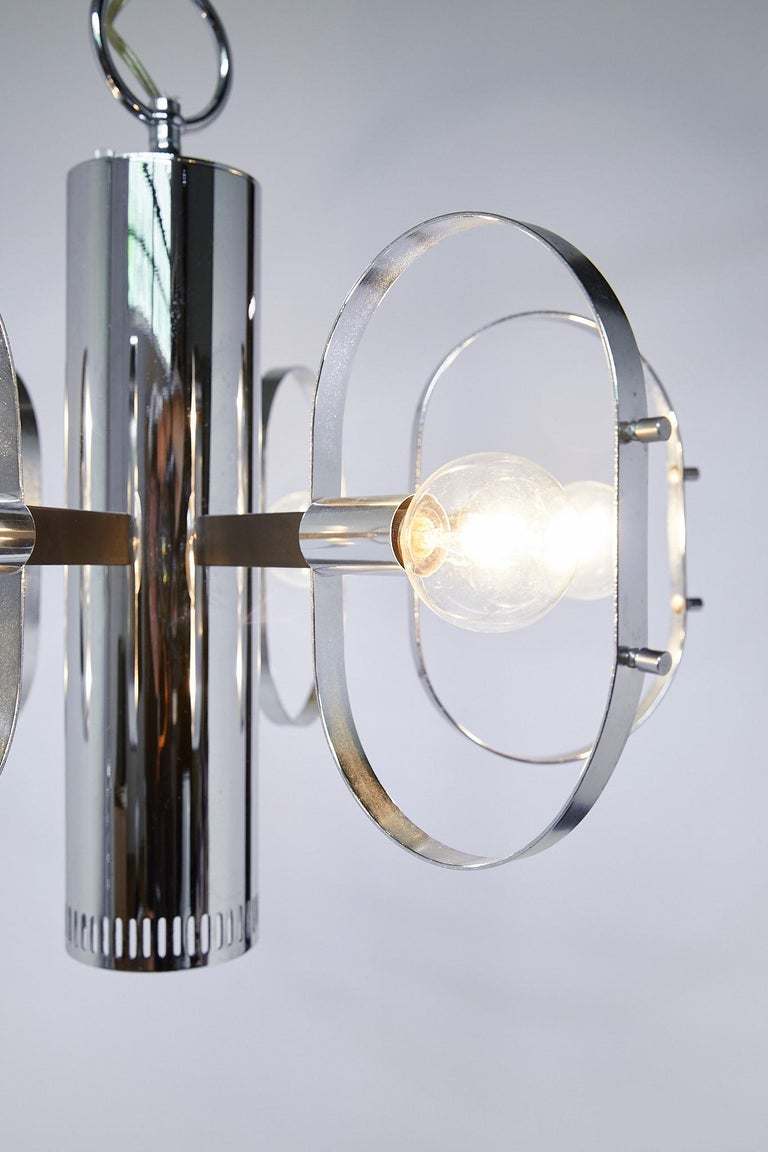 Mid-Century Modern 7-Light Chrome Fixture by Forecast Lighting In Good Condition For Sale In Atlanta, GA