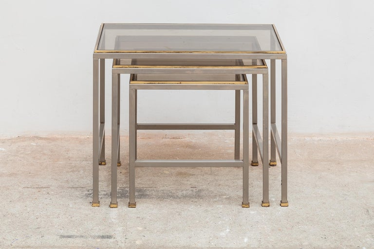 French Mid-Century Modern Brass and Chrome Nesting Tables, Side Tables For Sale