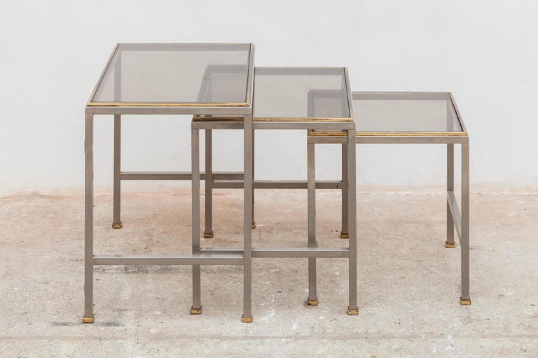 Mid-Century Modern Brass and Chrome Nesting Tables, Side Tables In Good Condition For Sale In Antwerp, BE