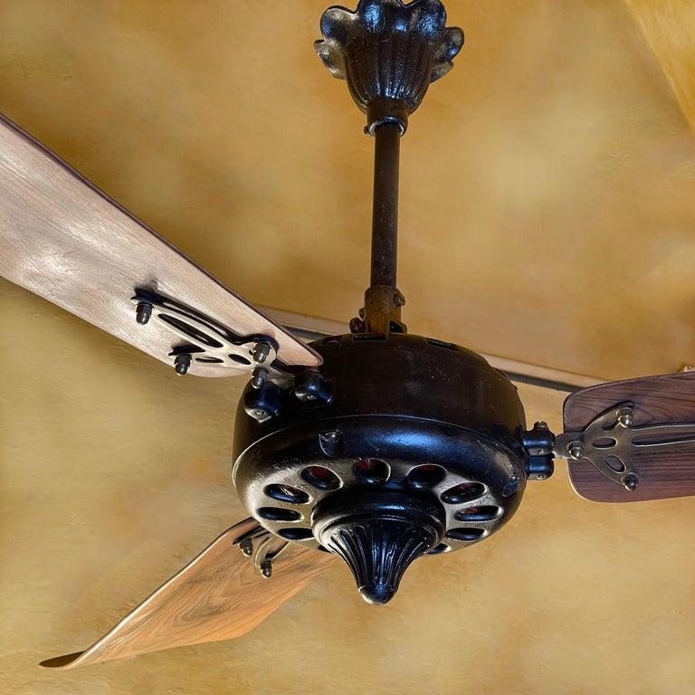 Italian Midcentury Modern CGE 'Compagnia Generale Elettricità' Cast Iron Ceiling Fan For Sale