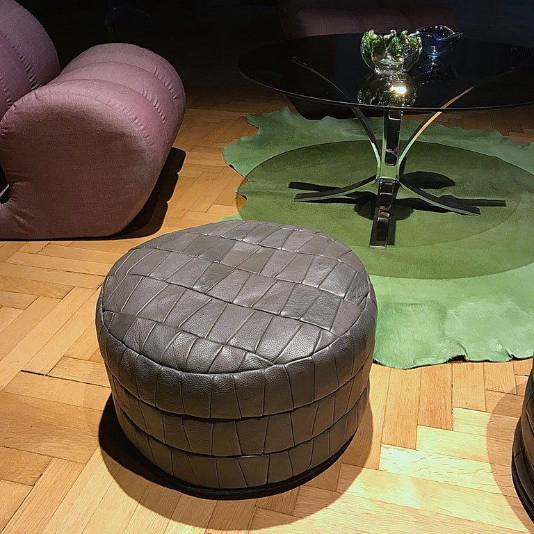 Late 20th Century Mid-Century Modern Grey De Sede Leather Patchwork Pouf, 1970s, Switzerland For Sale