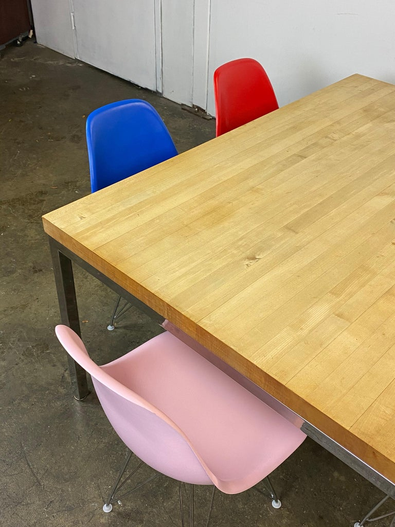 Mid-Century Modern Dining Set with Eames DSR Chairs For Sale 6