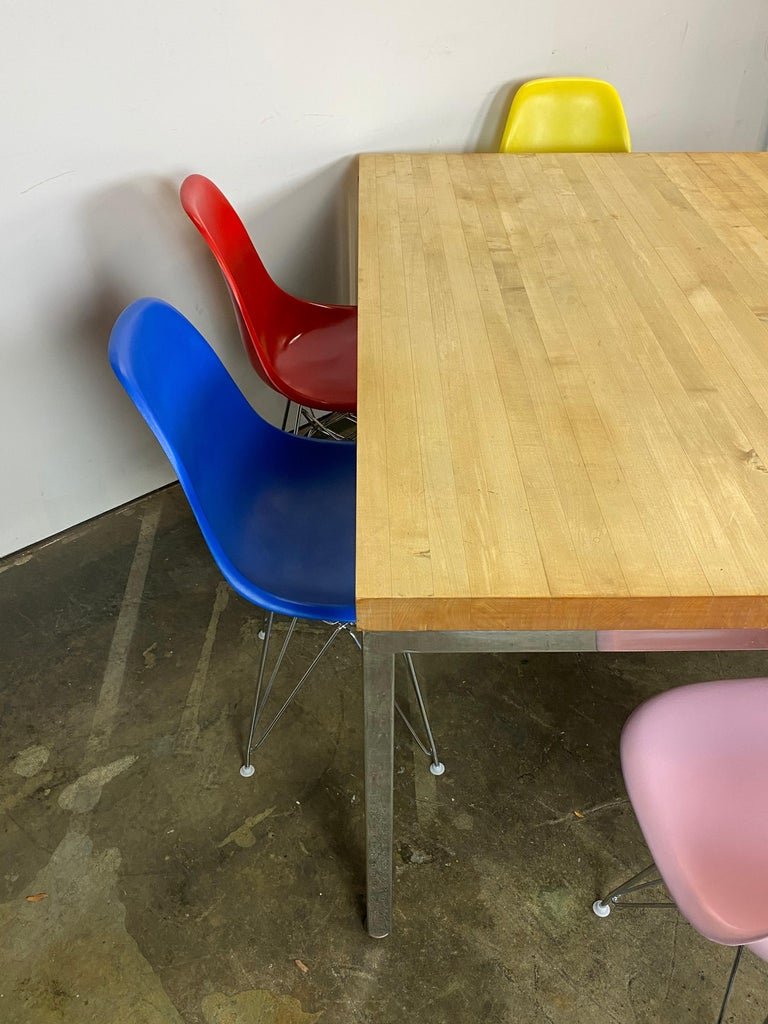 Mid-Century Modern Dining Set with Eames DSR Chairs For Sale 8