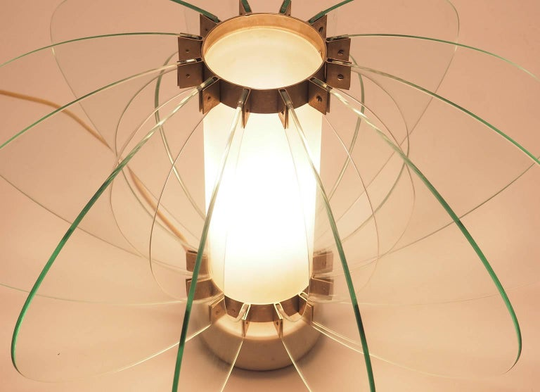 Mid-Century Modern Fontana Arte Attribuited Large Glass Table Lamp, Milano 1960s For Sale 4