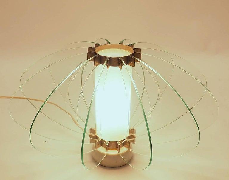 Italian Mid-Century Modern Fontana Arte Attribuited Large Glass Table Lamp, Milano 1960s For Sale