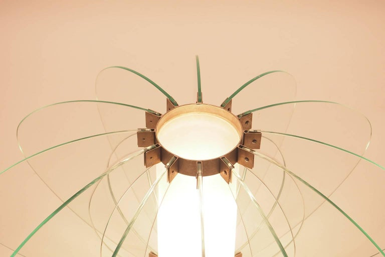 Mid-Century Modern Fontana Arte Attribuited Large Glass Table Lamp, Milano 1960s In Good Condition For Sale In Milano, IT