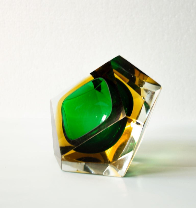 Swedish Mid-Century Modern Green Sommerso Murano Glass Bowl Attributed to Flavio Poli For Sale