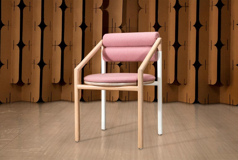 Mid-Century Modern Style Solid Minimal Wood Chair Upholstered in Textile In New Condition For Sale In Atizapan, MX