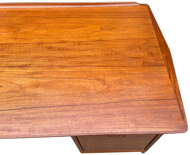 Mid-Century Modern Teak Desk Designed by Svend Aage Madsen For Sale 8