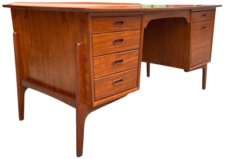 Danish Mid-Century Modern Teak Desk Designed by Svend Aage Madsen For Sale