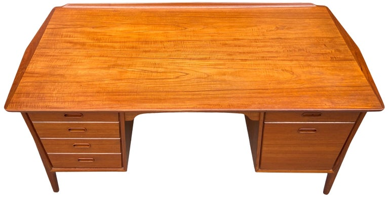 Mid-Century Modern Teak Desk Designed by Svend Aage Madsen In Good Condition For Sale In BROOKLYN, NY
