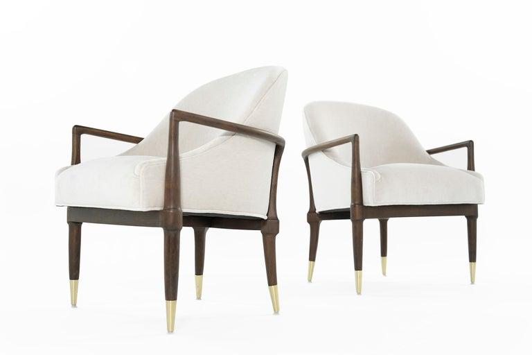 Mid-Century Modern Walnut Lounge Chairs, circa 1950s For Sale 4