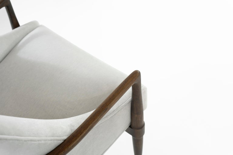 Mid-Century Modern Walnut Lounge Chairs, circa 1950s For Sale 7