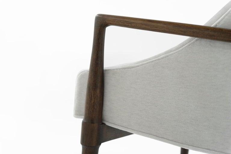 Mid-Century Modern Walnut Lounge Chairs, circa 1950s For Sale 8