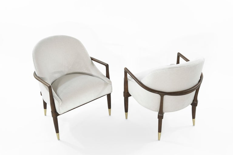 Mid-Century Modern Walnut Lounge Chairs, circa 1950s For Sale 1