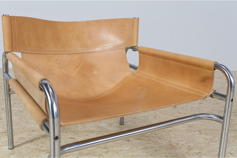 Late 20th Century Mid-Century Modernist Lounge Chairs in Saddle Leather by Walter Antonis, 1974 For Sale