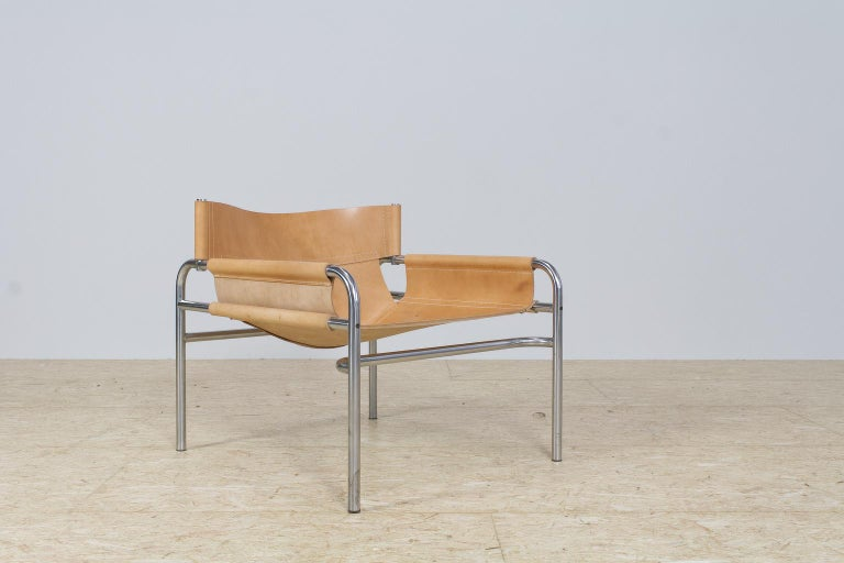 Mid-Century Modernist Lounge Chairs in Saddle Leather by Walter Antonis, 1974 For Sale 3