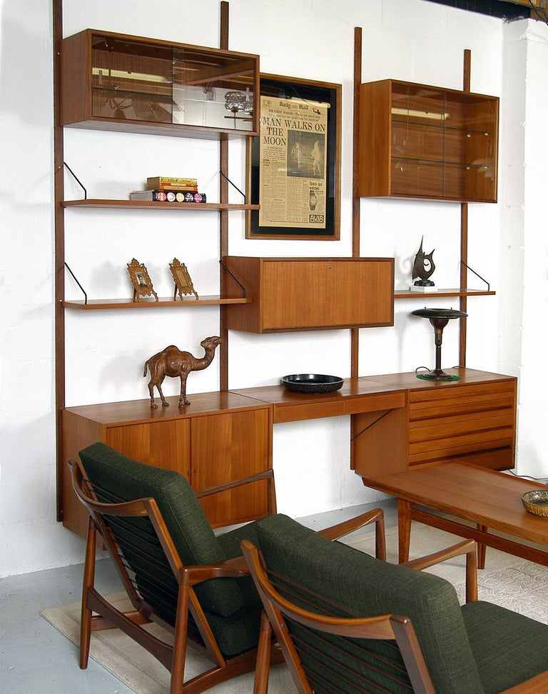 Mid-20th Century Midcentury Modular Danish Royal System Teak Wall Unit Shelving by Poul Cadovius  For Sale