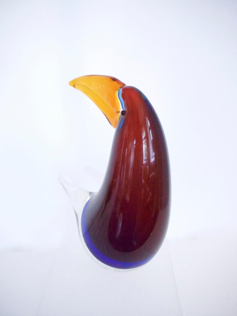 Italian Midcentury Murano Sculpture of a Toucan in the Style of Licio Zanetti Late 1970s For Sale