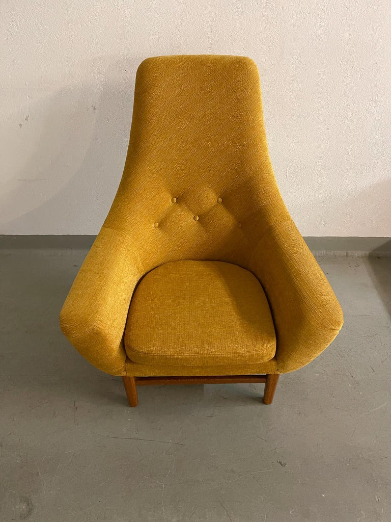 Midcentury Mustard Colored Lounge Chair S.M. Wincrantz, Sweden 6