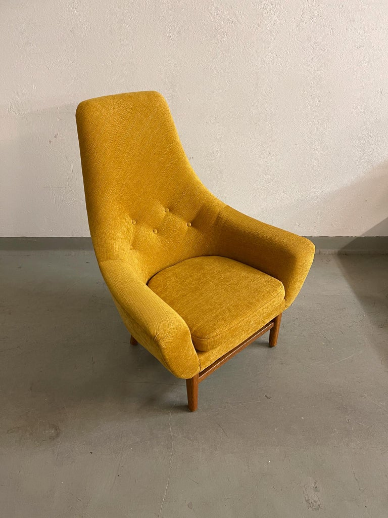 Midcentury Mustard Colored Lounge Chair S.M. Wincrantz, Sweden In Good Condition In Langserud, SE