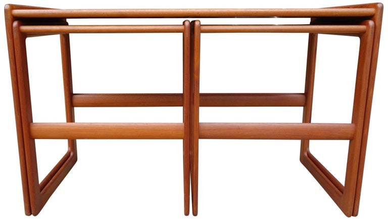 Scandinavian Modern Midcentury Nesting Tables by Arne Hovmand Olsen for Mogens Kold For Sale