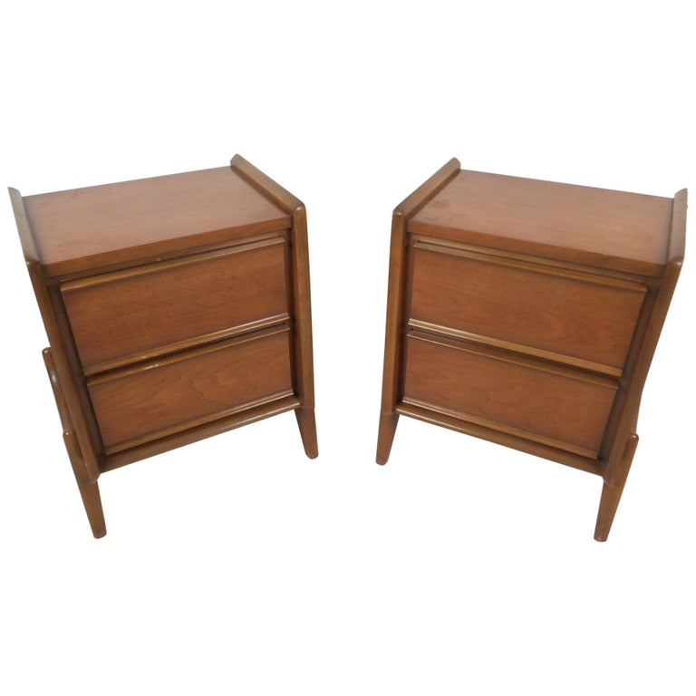 Midcentury Nightstands by Big Rapids Furniture Co., a Pair For Sale