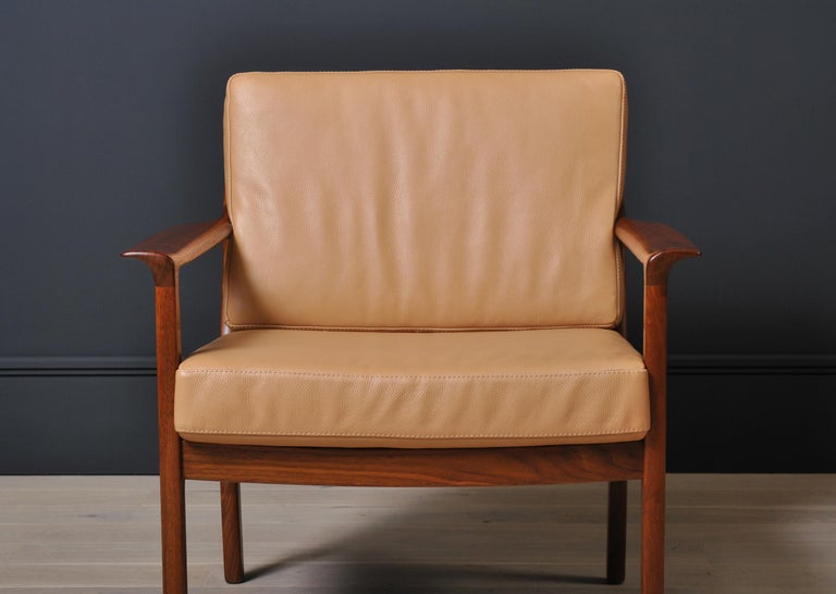 Scandinavian Midcentury Nordic Lounge Chairs, Teak & Leather For Sale