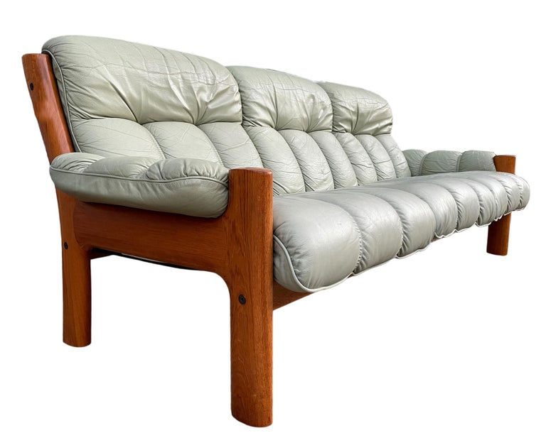 Mid-Century Modern Midcentury Norwegian Modern Ekornes Leather Teak 3 Seater Sofa For Sale