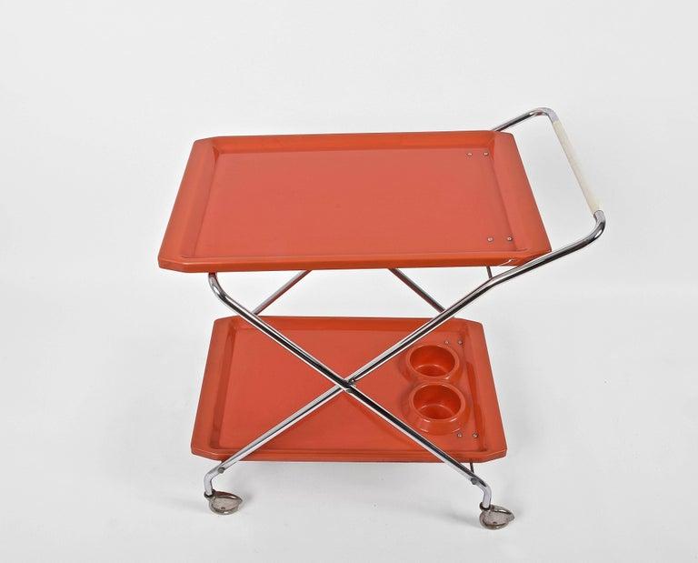 Midcentury Orange Plastic and Chromed Metal Italian Bar Folding Cart, 1950s For Sale 4