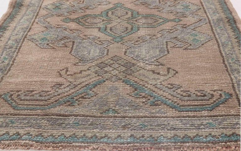 Hand-Knotted Midcentury Oushak Wool Runner 'Fragment' in Aquamarine and Beige For Sale