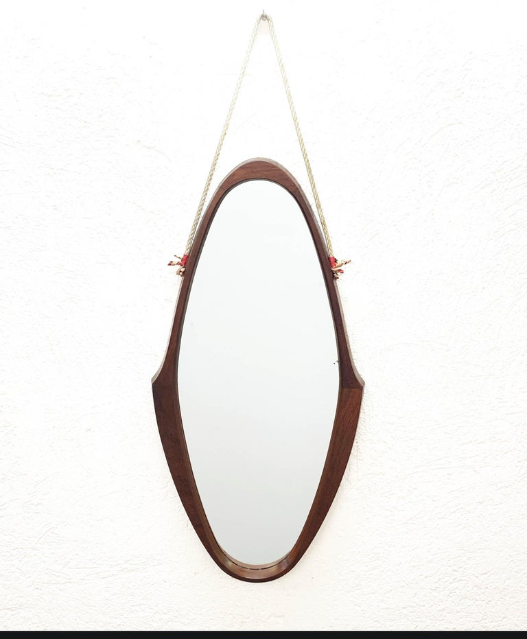 Midcentury Oval Teak, Nylon Rope and Leather Italian Wall Framed Mirror, 1960s For Sale 5