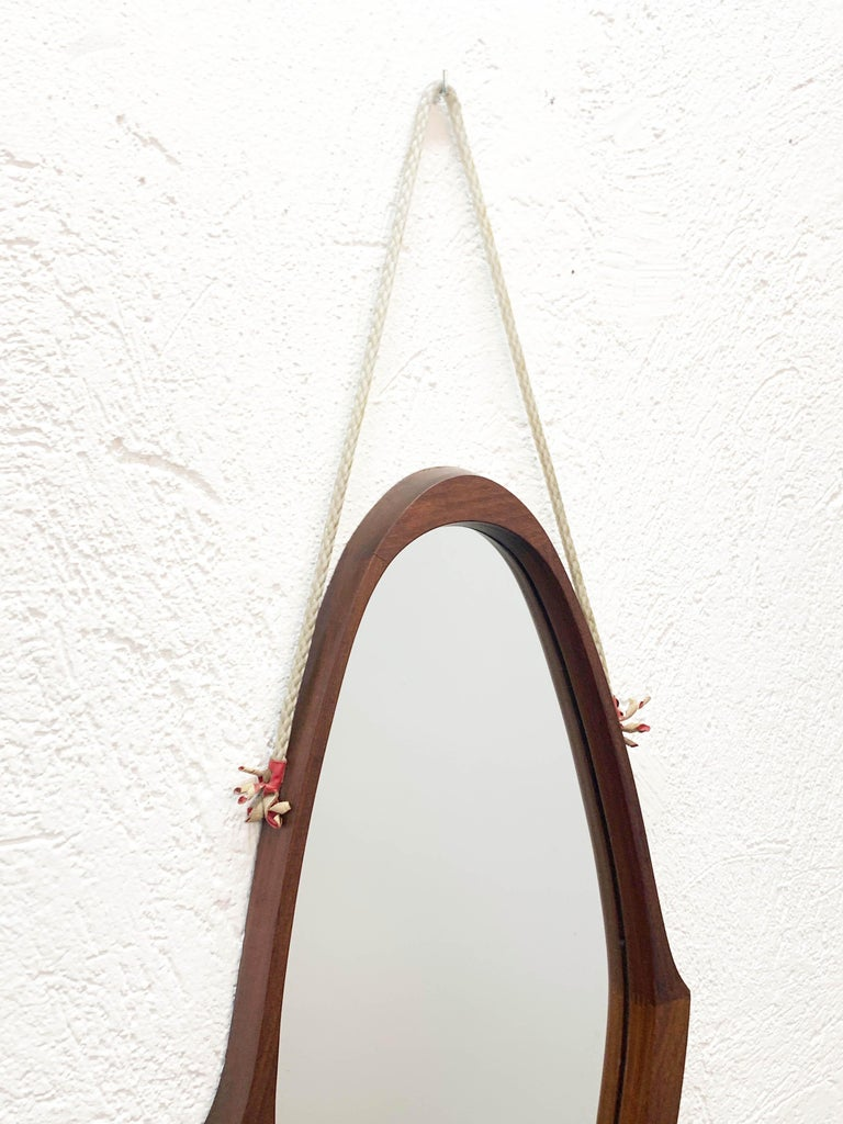 Midcentury Oval Teak, Nylon Rope and Leather Italian Wall Framed Mirror, 1960s For Sale 7