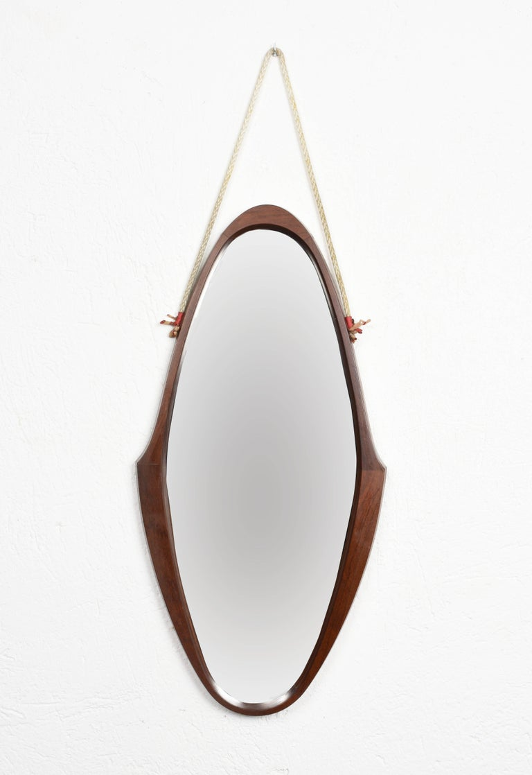 Midcentury Oval Teak, Nylon Rope and Leather Italian Wall Framed Mirror, 1960s In Good Condition For Sale In Roma, IT