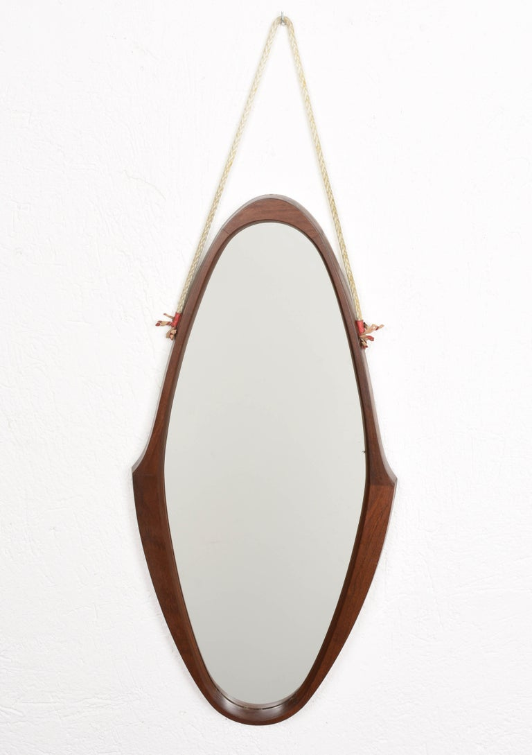 Midcentury Oval Teak, Nylon Rope and Leather Italian Wall Framed Mirror, 1960s For Sale 1