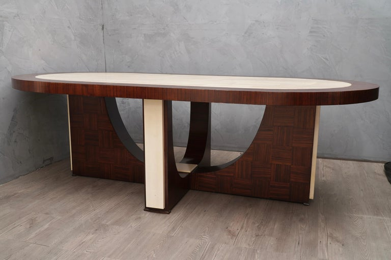 Midcentury Oval Zebrano Wood and Goatskin Italian Table, 1950 For Sale 3