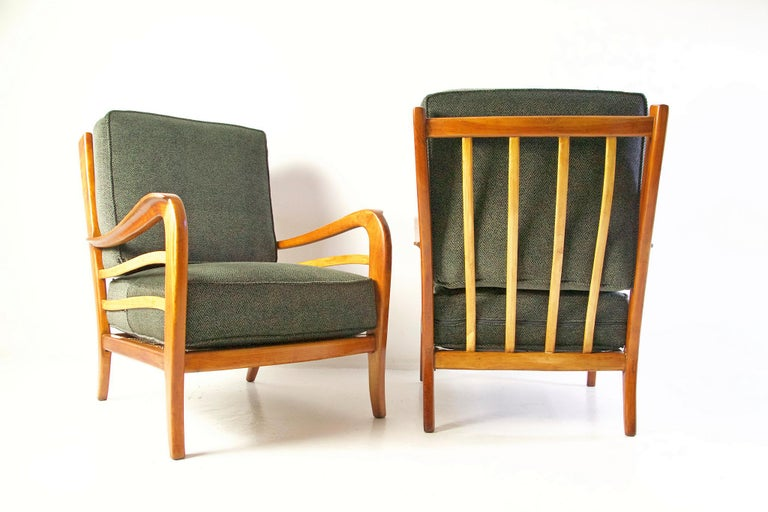 Midcentury Pair of Armchairs in Cherry and Maple by Paolo Buffa, Italy For Sale 3