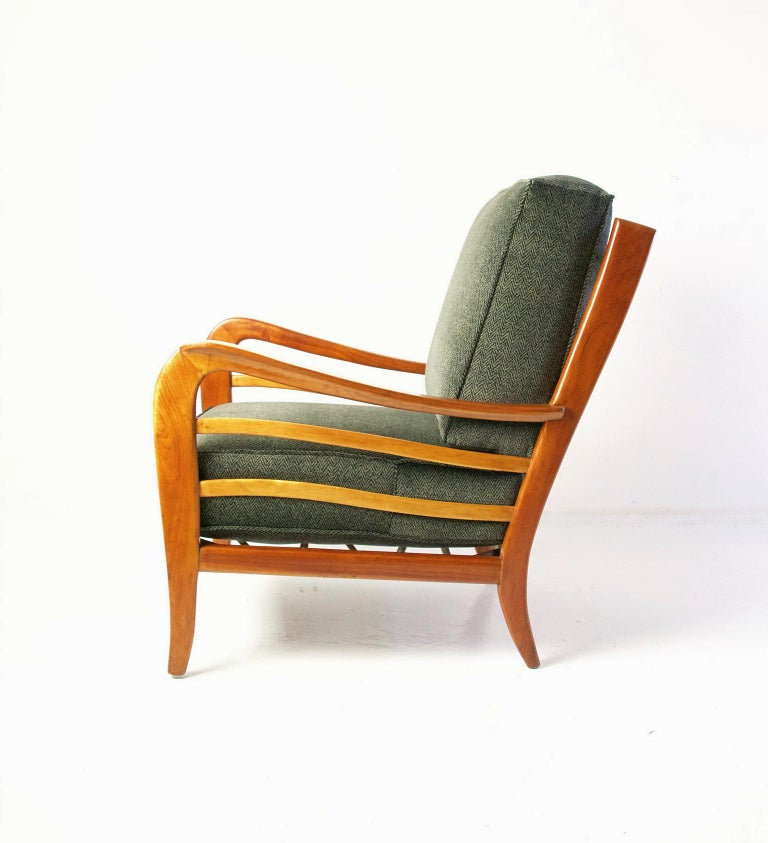 Italian Midcentury Pair of Armchairs in Cherry and Maple by Paolo Buffa, Italy For Sale