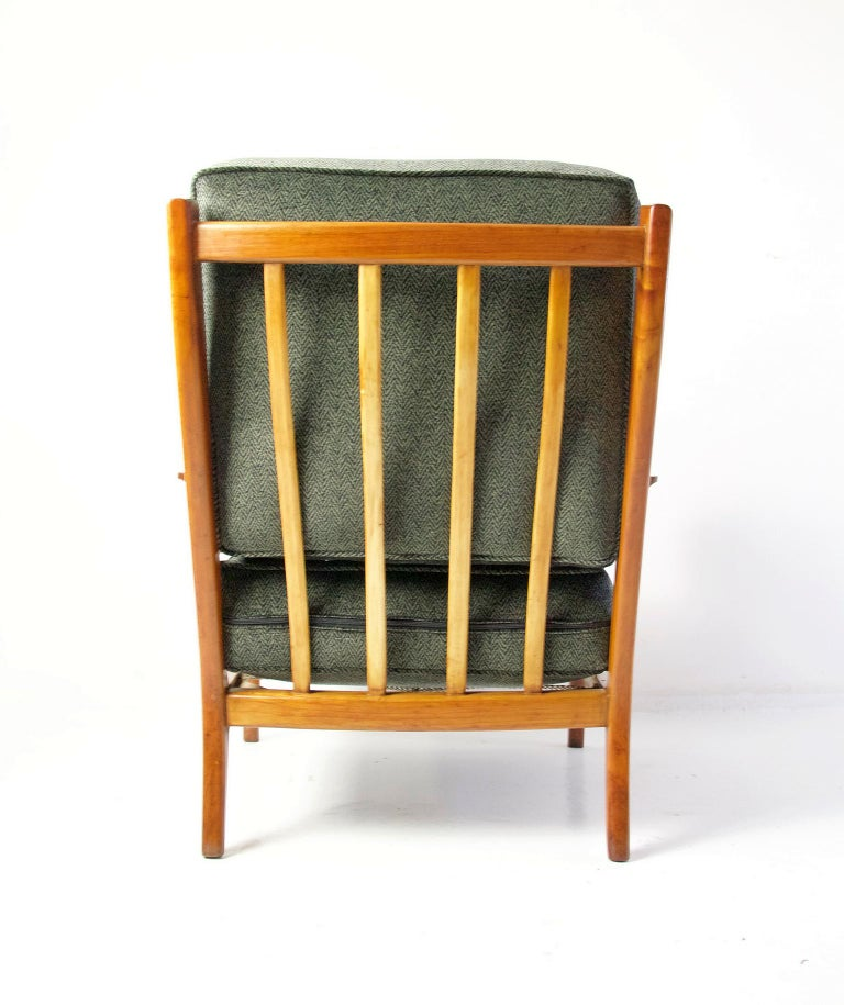 20th Century Midcentury Pair of Armchairs in Cherry and Maple by Paolo Buffa, Italy For Sale