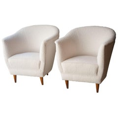 Midcentury Pair of Armchairs White Bouclé Wool Upholstery, Italy, 1950