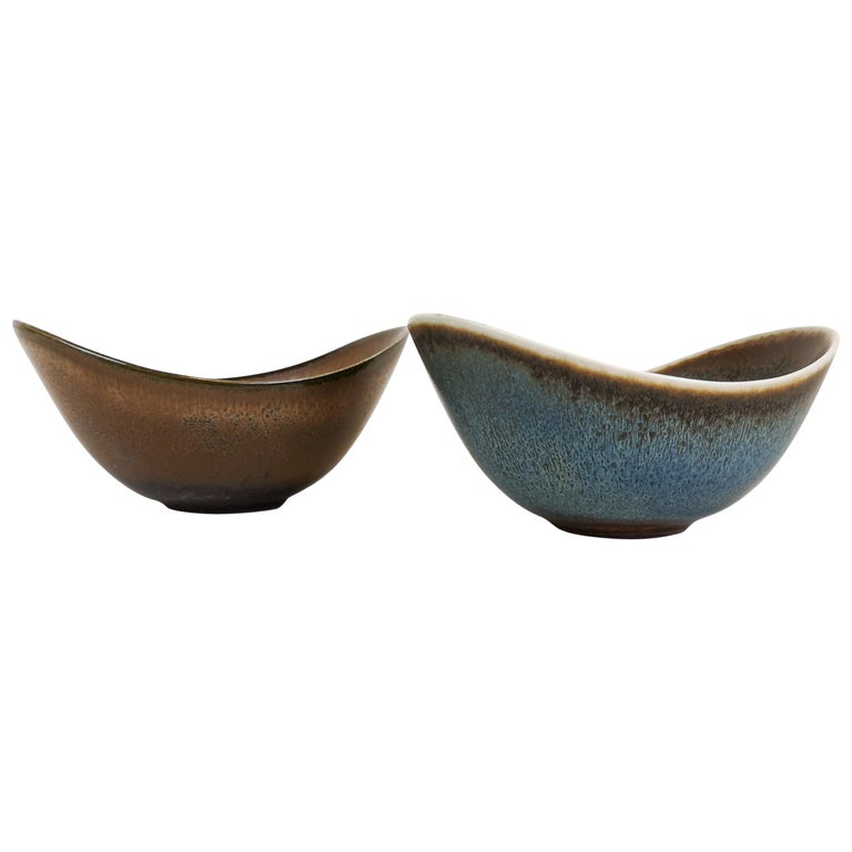 Midcentury Pair of Bowls Rörstrand Sweden by Gunnar Nylund, 1950s For Sale