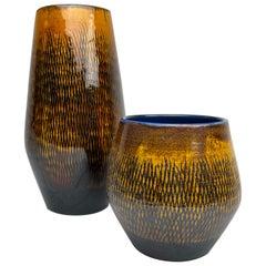 "Midcentury Pair of Ceramic Vases Upsala-Ekeby ""Fiamma"" Sweden, 1960s"