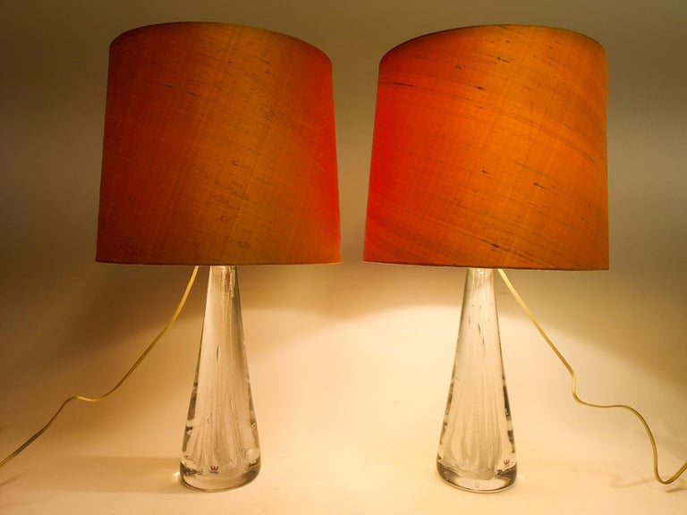 Midcentury Pair of Crystal Glass Table Lamps by Vicke Lindstrand For Sale 3