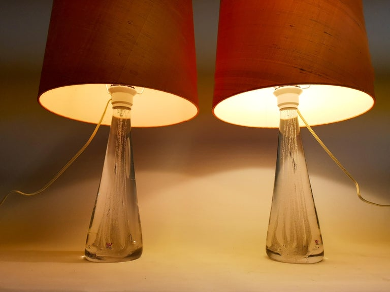 Midcentury Pair of Crystal Glass Table Lamps by Vicke Lindstrand For Sale 4