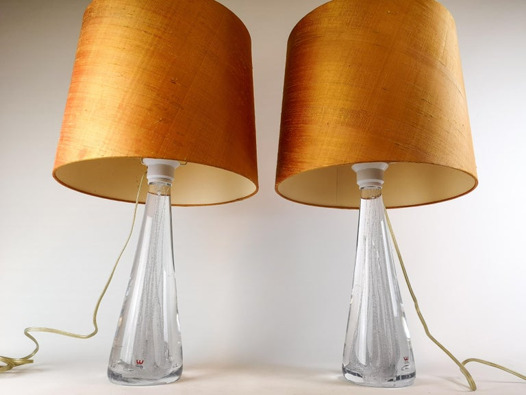 Midcentury Pair of Crystal Glass Table Lamps by Vicke Lindstrand For Sale 2